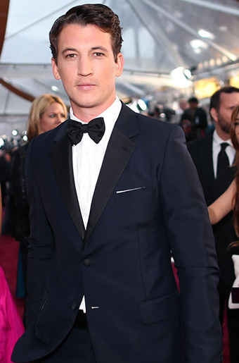 Miles Teller in Navy Blue at the 2015 Oscars!
