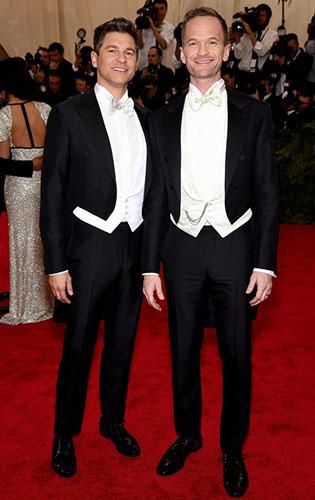 Neil Patrick Harris and David Burtka in White Tie