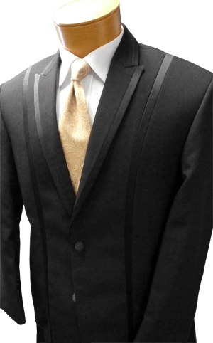 Our own shot of the Black 'Avalon' Tuxedo