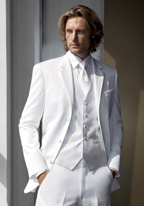 The Most Popular Prom Tuxedos For 2011