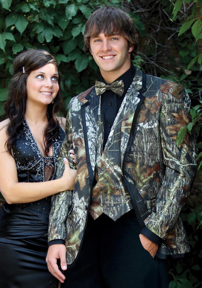 BCT Camouflage 'Alpine' Tuxedo Coat