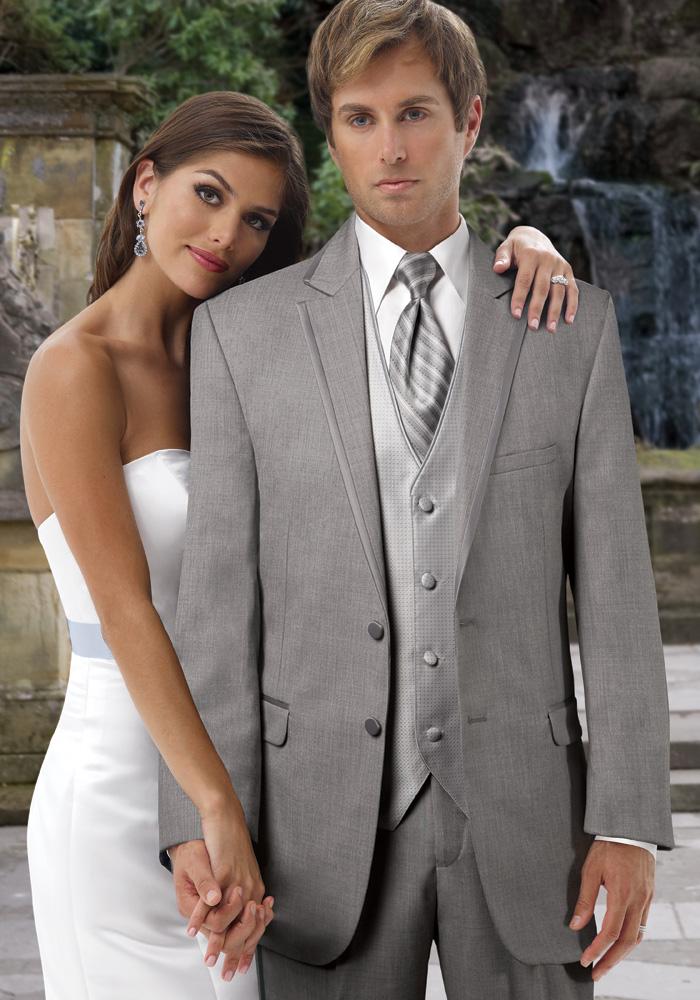 Destination Weddings: Beachside Tuxedos & Suits