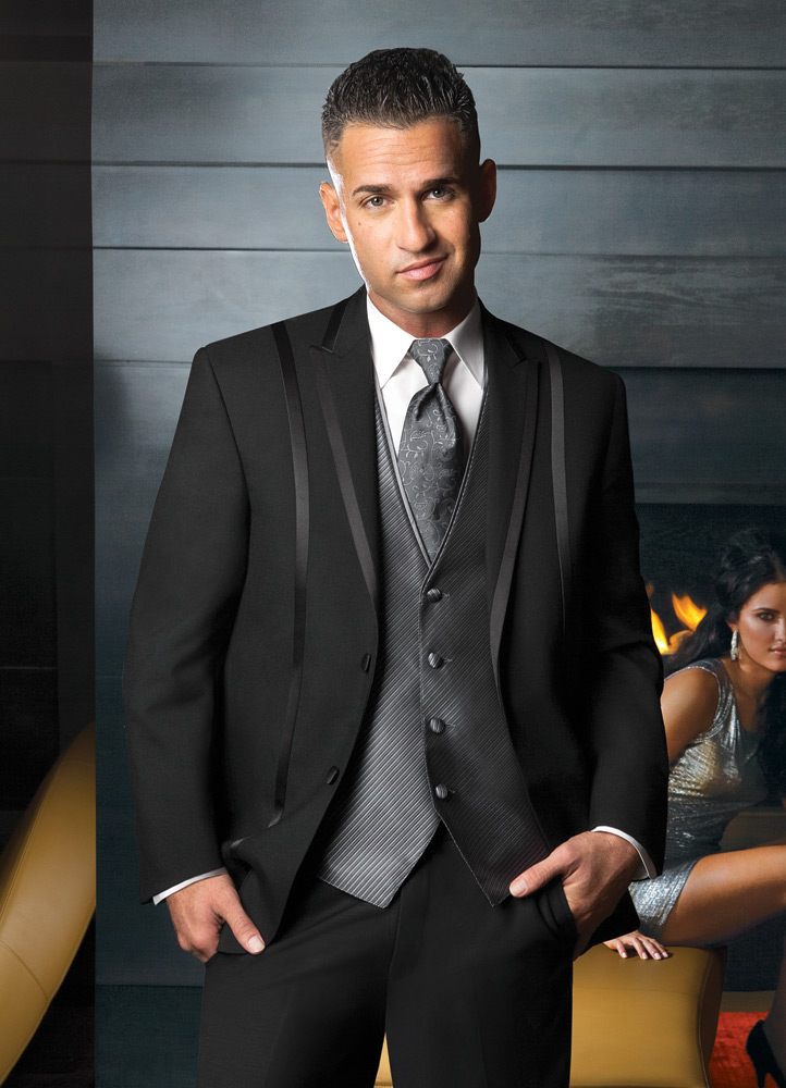 the Situation Black 'Avalon' Tuxedo