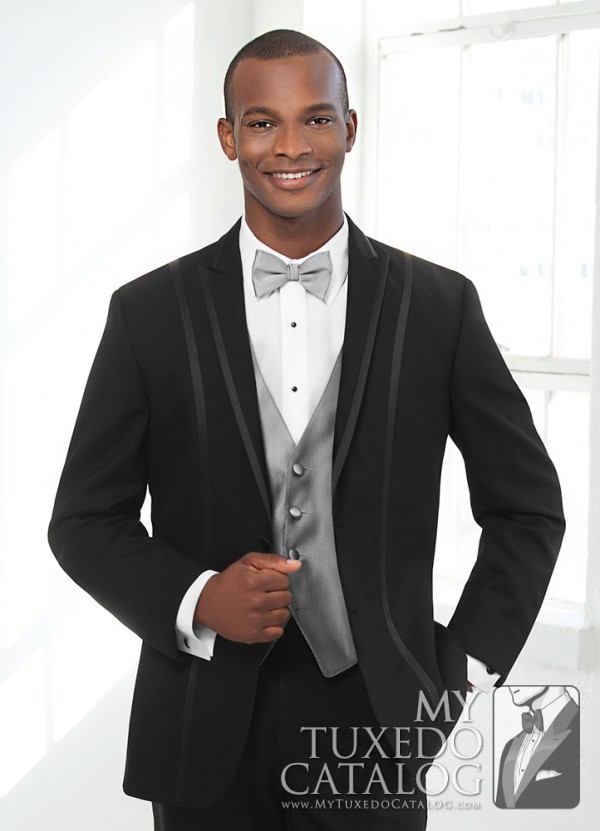 Black 'Avalon' Tuxedo by FLOW Formals