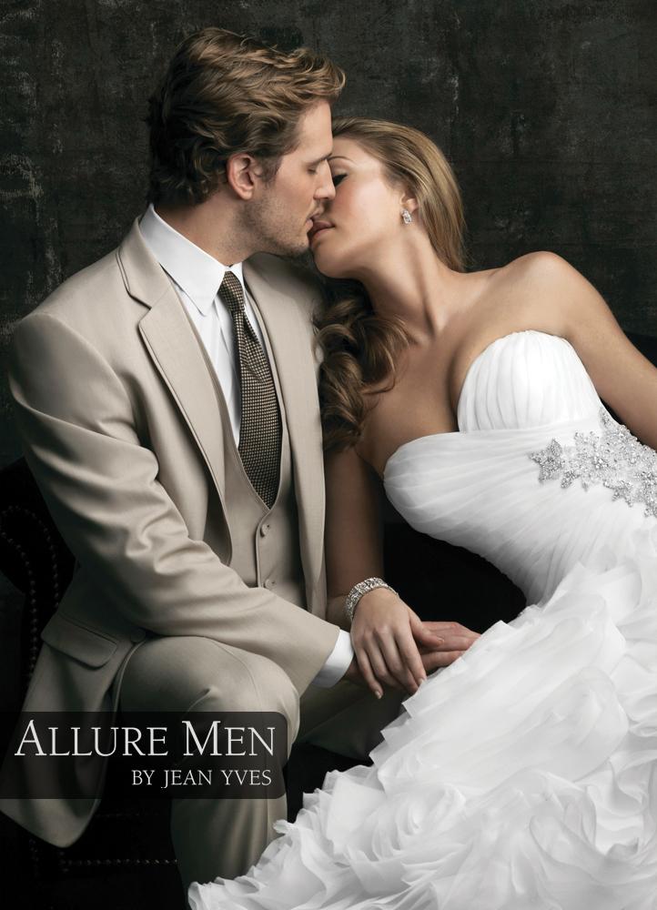 Allure Men Tan 'Allure' Tuxedo
