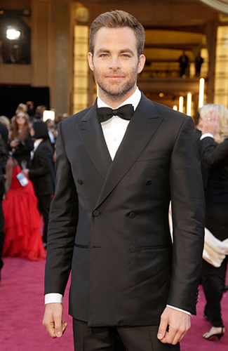 Chris Pine at the 2013 Oscars - Winner: Best Double Breasted Jacket