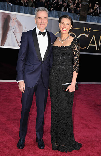 Daniel Day Lewis at the 2013 Oscars - Winner: Midnight Blue Tuxedo