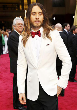 Jared Leto in a White Dinner Jacket at the 2014 Oscars!