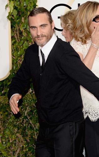 Joaquin Phoenix forgot to wear a tuxedo to the Golden Globes