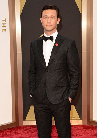 Joseph Gordon-Levitt in a Charcoal Flecked Peak Tuxedo at the 2014 Oscars!